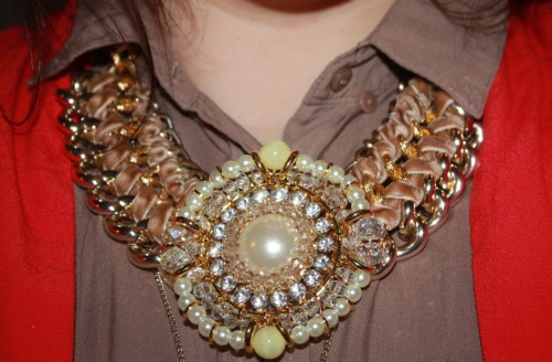 One of my PeepToe necklaces i bought at the sale ♥