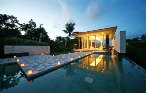 Destination Weddings: The AYANA Resort and Spa in Bali. Click here for full gallery.