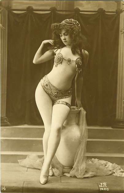 French postcard, date unknown.