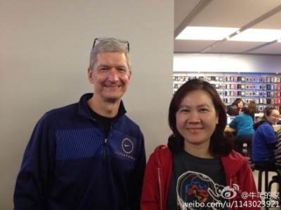 Tim Cook does what Jobs didn't: Visit China as Apple's CEO