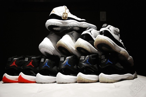 95' 01' 05' 08' 09' wow goodnight everyone! #jordan #dmp #concords #spacejam #bred #og #95 #01 #05 #08 #09 #icy #swag #sneakerhead