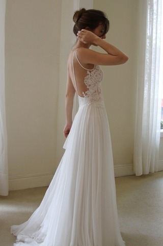 chocolateandwhiskey:  WHY ARE WEDDING DRESSES SO PRETTY UGH can i just wear this to uni k thnx.