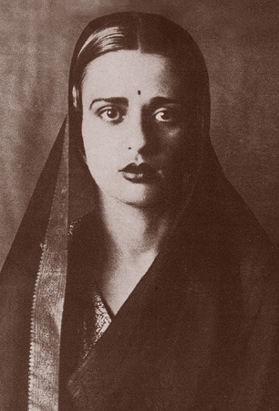 nearerthemoon:  Amrita Sher-Gil (Punjabi: ਅੰਿਮ੍ਤਾ ਸ਼ੇਰਗਿਲ) (अमृता शेरगिल) (January 30, 1913, – December 5, 1941), was an eminent Indian painter, sometimes known as India's Frida Kahlo,and today considered an important woman painter of 20th century India, whose legacy stands at par with that of the Masters of Bengal Renaissance; she is also the 'most expensive' woman painter of India