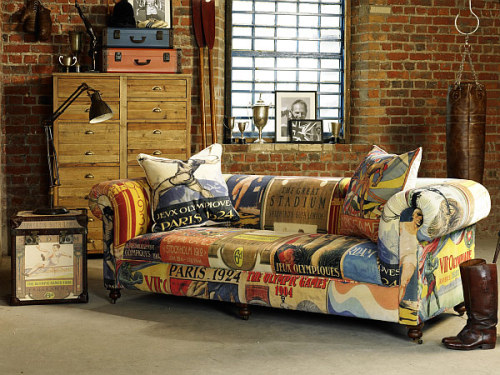 cjwho:  Tribute to the Olympic Games: Vintage Sofa and Trunk Duo