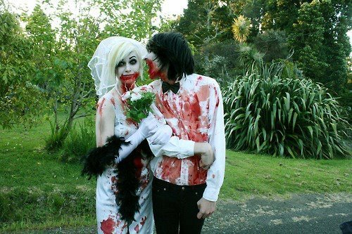 Zombie bride and groom - my dream wedding theme <3
