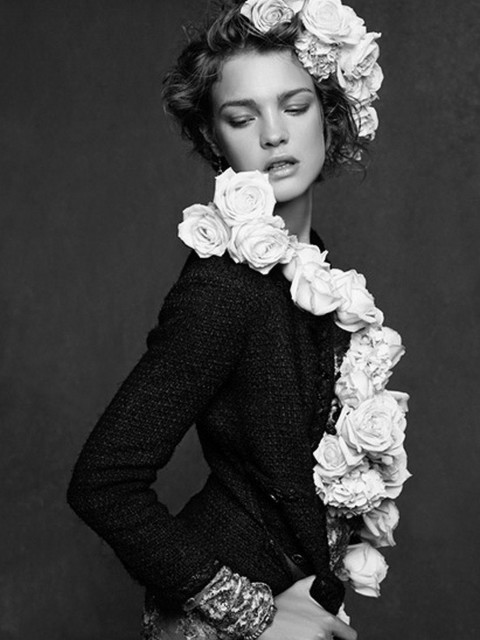 pretaportre:  Natalia Vodianova in Chanel: Little Black Jacket.
