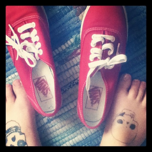 First time with no socks outside this year. #shoes #vans #tattoos #misfits #kent (Taken with instagram)