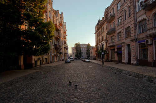 (via Andreevsky descent | Flickr - Photo Sharing!) Kiev, Ukraine