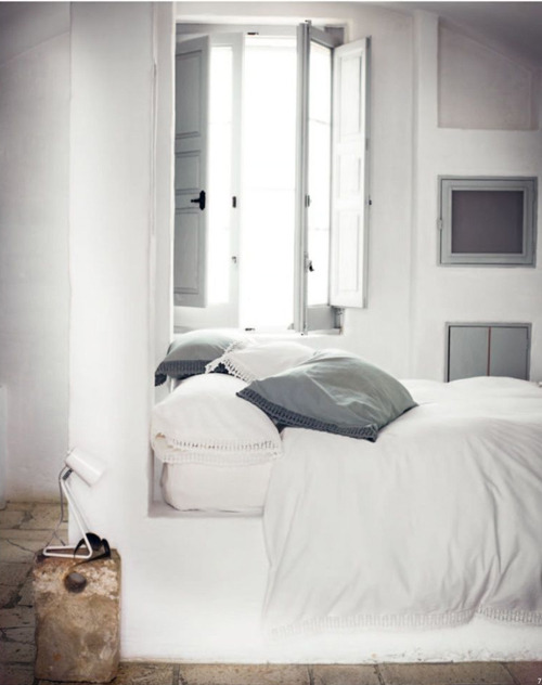 myidealhome:  summer lovin' (via toast spring summer 2012 | the style files)