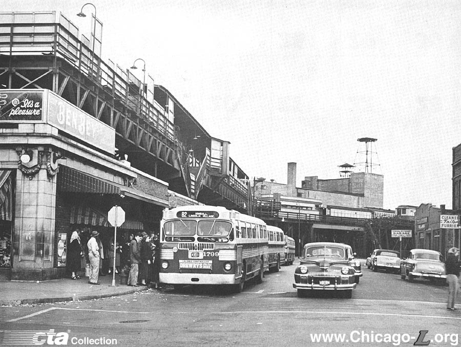 Chicago's Logan Square L terminal, 1954
