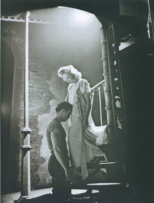 updownsmilefrown:  Marlon Brando and Kim Hunter,A Streetcar Named Desire (the play) ,1947