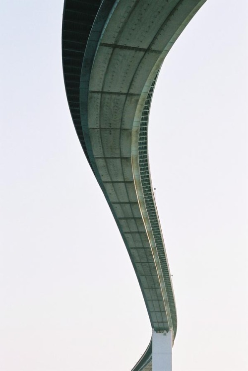weandthecolor:   Architecture Photography Bridge in Osaka, photographed by Jeremy McMahon. via: MAG.WE AND THE COLORFacebook // Twitter // Google+ // Pinterest