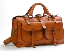 dapperdean: Sandast Bourbon Leather Bag