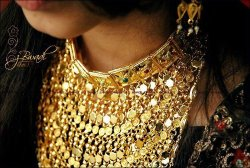 Love this gold necklace