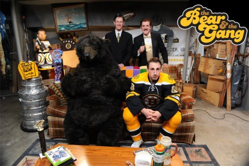 The Bruins Bear has his own sitcom and a Pinterest page. Everything they've done with the bear is awesome, especially his Summer With the Cup photos. He's way cooler than Blades. I want to be his friend.
