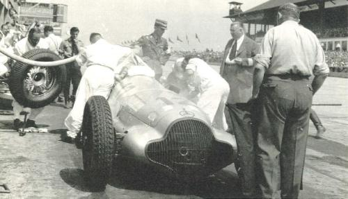 1938, Only three mechanics were allowed to work during pit-stops. they lasted over 40seconds.