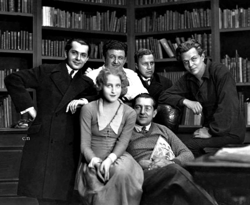 "The cast of ""Metropolis"" and the creator Fritz Lang."