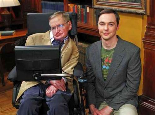 cinnamonhummingbird:  amelieallbymyself:  tbbt-fans:  Stephen Hawking and Jim Parsons!  Finally!!!  It's them! In one freakin' pic! This fortune made my brain explode! *____*  OMG AT FIRST I THOUGHT THIS WAS PHOTOSHOPPED