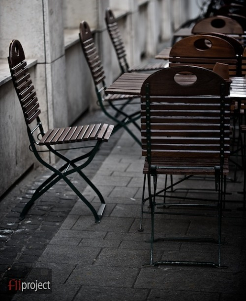 A quiet afternoon in an outdoor cafe near Kölner Dom in Köln, Deutschland.