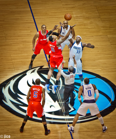 Jump Ball  Mavericks Vs Clippers, American Airlines Center, Dallas