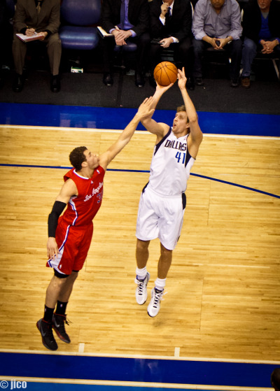 Dirk Vs Blake  Mavericks Vs Clippers, American Airlines Center, Dallas