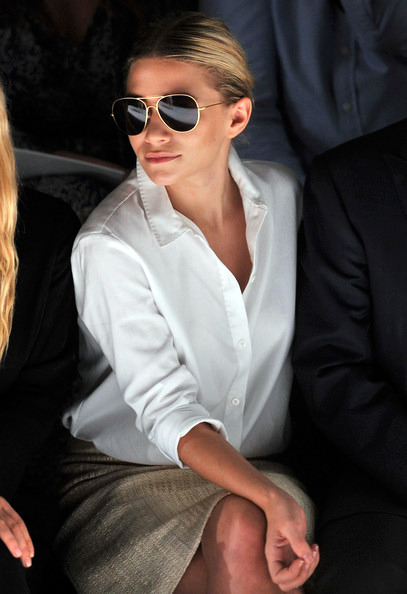 One of the Olsen twins makes it clear that Aviators are here to stay.  They seem to just never go out of style.  They have that perfect fit for anyone who is in need of a wear-all pair of sunglasses.  These from Burberry are perfect for any season and any face shape.  While these have a brown tint, the very dark, almost black tint on the ones on Olsen are much more chic.  The Burberry ones do make a statement with their various colors.   The above pair of sunglasses are a super sleek pair from Michael Michael Kors.  This Jet Set Mini Aviator is a polarized frame with adjustable nose pads, suited for complete comfort and style.  I love the detail on the temple that features the Michael Michael Kors logo.  The contrasting temple tips are perfect for comfort and style. And if you are looking for some bright color this spring, you should check out these from Juicy Couture!  I love bright colors! Which reminds me that these are definitely going to be popular! They go perfectly with those colored jeans.  Can you picture it? A pair of bright colored jeans with a button down shirt and these sunglasses! This is the perfect combination to wear this spring. Alternate Reality: UrbanSpecs Polarized Aviator, $16.99