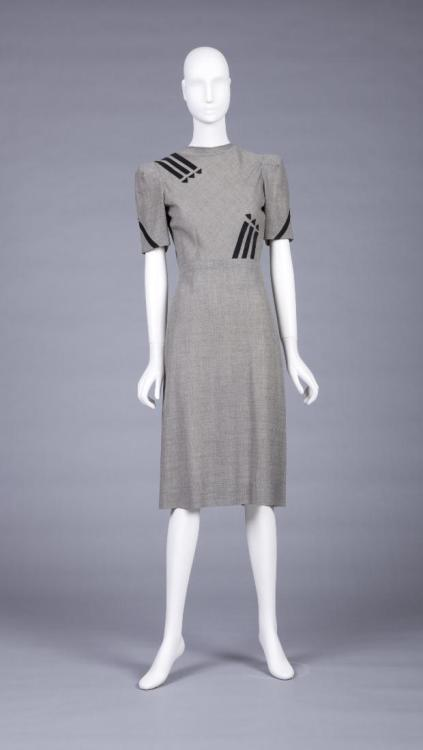 Dress 1943-1944 The Goldstein Museum  of Design