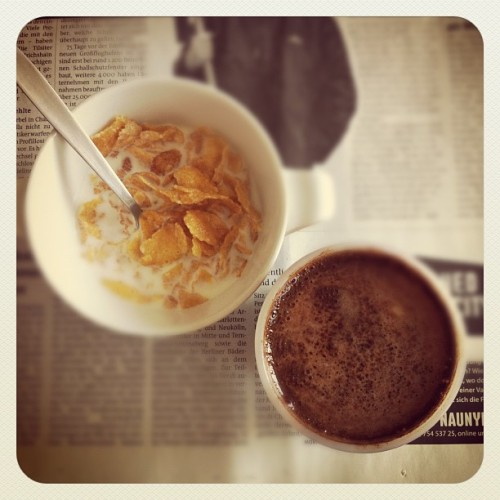 day 25 | breakfast #marchphotoaday #marchphotochallenge #photooftheday #breakfast #coffee #day25 (Taken with instagram)