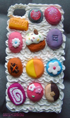 artsandcandies:  A Lush inspired iphone cover for one of my customers! :)