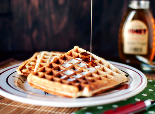 oohhhbaby:  oatmeal honey waffles
