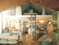 Sleeping Loft (by house dreams) love love love….