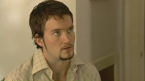 barrowman-ilove:  Happy 31st Birthday, Gareth David-Lloyd!!