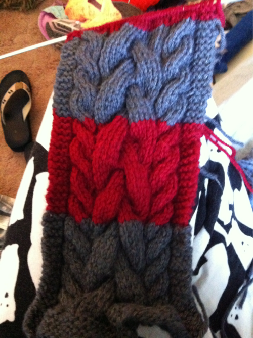 A scarf for a friend at work. Promised to have it done by the nd of march. Aka not sleeping till the end of march