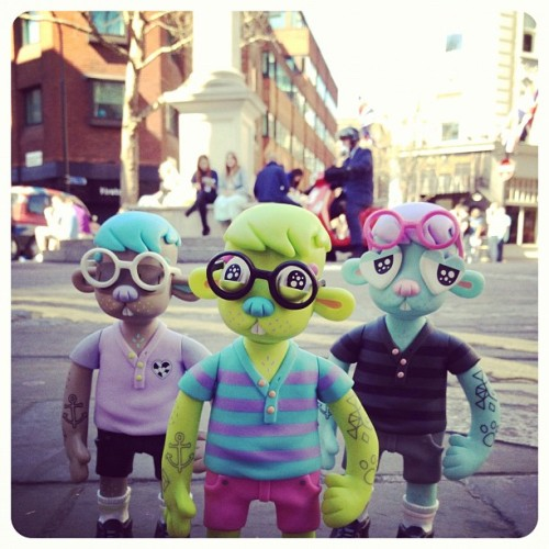 jonknoxstudio:  Cody (my vinyl toy produced by EPz) on the streets of London via Kidrobot London's Facebook:  We have these awesome Cody figures by Jon Knox in store! If you know Jon Knox's work, these vinyl figures look like his resin figures he handmakes, everything is perfect, from the detailing of his shirt to the pockets on his shorts. The best bit? Magnetic eyes! Hoorah! In stock now!  Cody is on sale at local Kidrobot stores and online.Thanks to PodgyPanda & Kidrobot LDN for the pic (and kind words)!