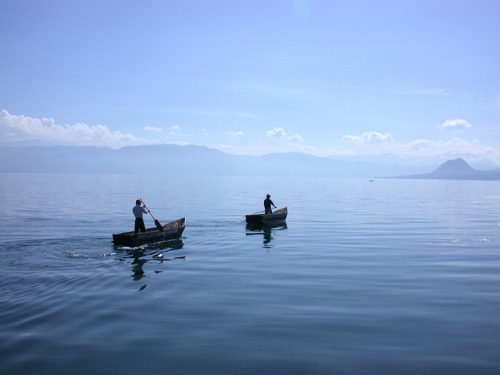 Fishermen at Lake Atitlan, Guatemala on Flickr.Beautiful lake, even more beautiful surroundings. Tiny little villages between huge mountains and vulcanoes.