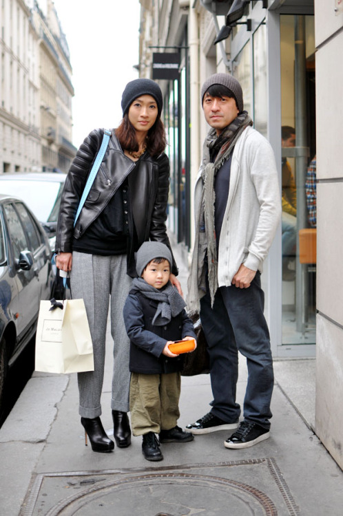 camillamayer:  hope my family looks this adorable one day.  Father-Son Scarf Swag