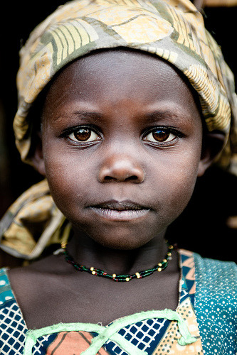 Lendu girl from Gety, a remote village located in Ituri region of the northeastern Democratic Republic of Congo (by C.Stramba-Badiali)