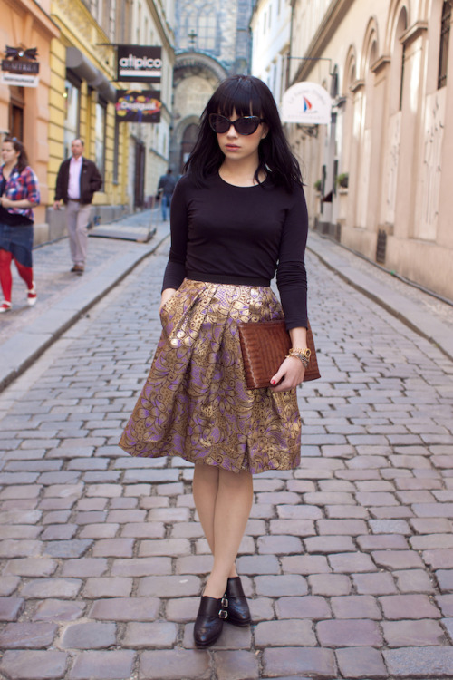 love the patterned A-line skirt theclotheshorse:  Martina of Danny Rose