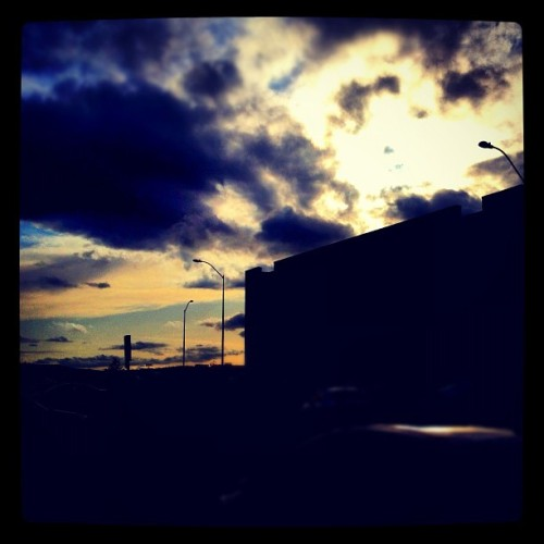 Dark Clouds #instamood #instagram #instagood #iphonesia #iphone4s #iphone4 #iphone #sunset #light #clouds #dusk #dark #fading #colorful #white #blue #orange (Taken with Instagram at Moorpark College AC Building)