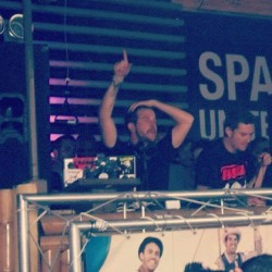 El #tio #Luciano @ #space #cadenza #vagabundos #miami #wmc2012 #mmw  (Taken with instagram)