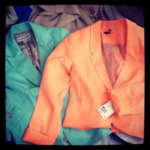 I'm such a sucker for colored blazers! Eeee! <3 #Forever21 #HM #spring2012fashion (Taken with instagram)