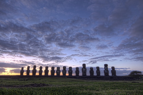 Easter Island - Ahu Tongariki by Christian Bobadilla on Flickr.