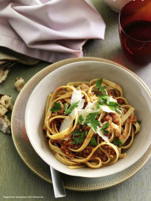 Vegetarian bolognese with fettucine