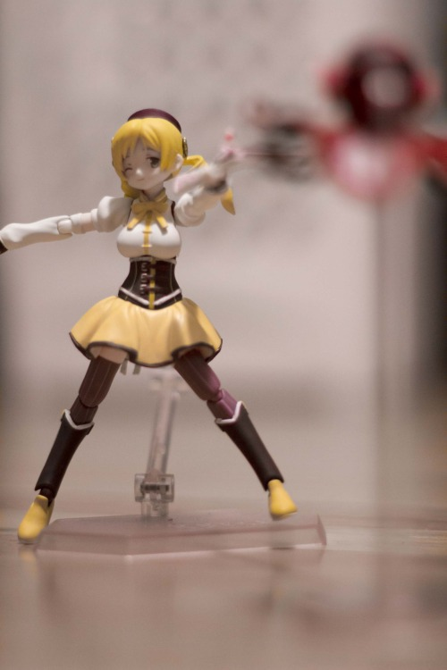 Photo 85: Magical Veteran I got the Mami figma recently. And she is wonderful, probably the best in the series so far. She came with a ton of accessories. Of course this pose reminds a bit of the third episode but I like to think it has a different ending.