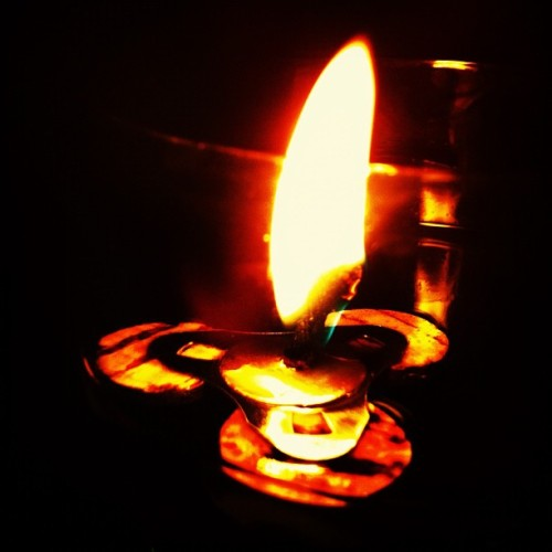 Candle.. #candle #fire #all_shots #gfdaily #jj_forum #igers #gang_family #statigram #instagood #instamood #iphoneography #iphonesia #editjunky #enzaputra #instagramhub #webstagram (Taken with instagram)