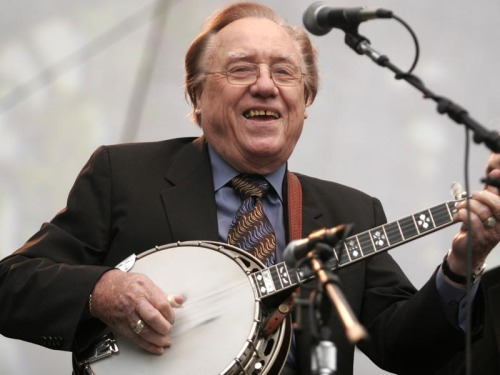 mousecouncil:  Neumann, Volker. Earl Scruggs. 1 Oct. 2005. Flickr. Web. 29 Mar. 2012.