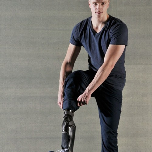 "Mario Galla, Top Model with a prosthesis:""All over the world we are showing our legs leg for mine victims - will you too? Let us work together to ensure that 500,000 people who have survived accidents with landmines, get help! """