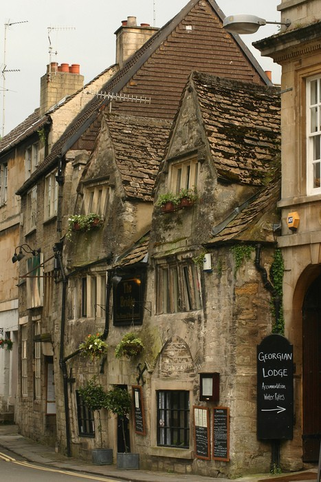bluepueblo:   Bradford-Upon-Avon, England. photo via stephanie