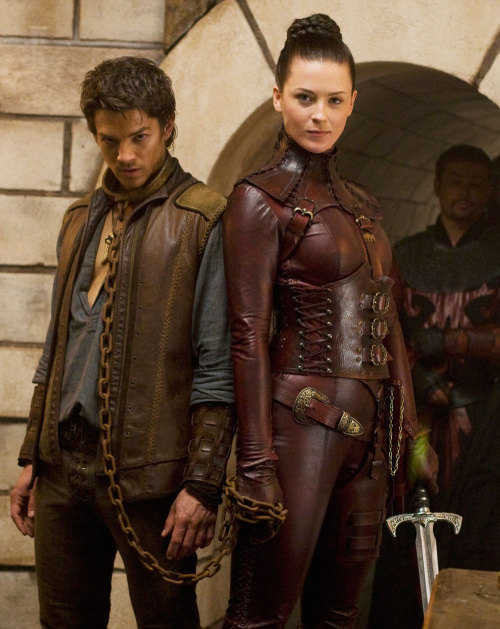 martinilullebi:  Found this year's Halloween costume!   Best Mord Sith outfit reference picture in existence, probably.