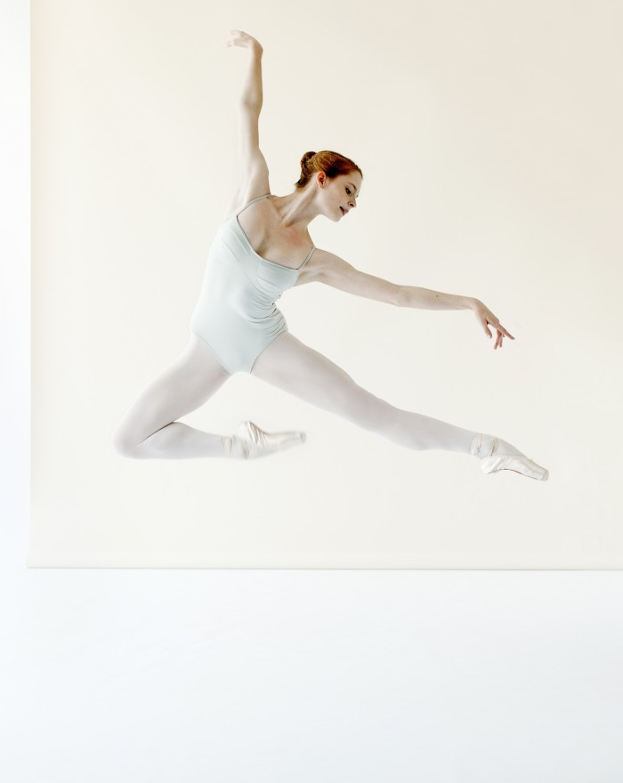 masterpiecesofhumanity:  Emma Hawes of National Ballet of Canada. Photo by Sian Richards